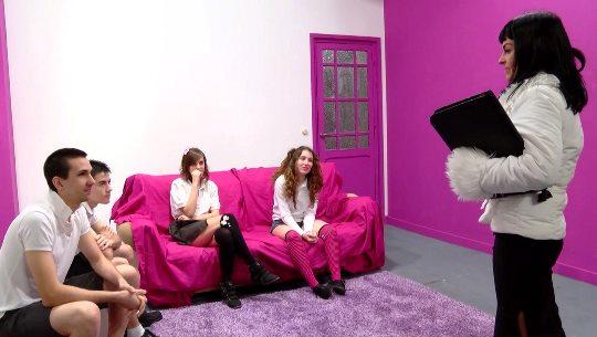 Mujeres Solteras-513394