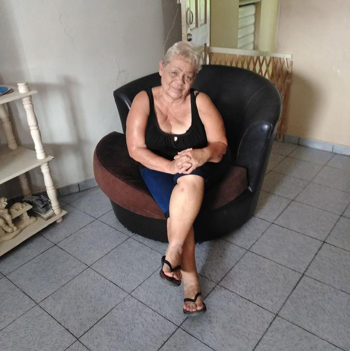 Mujer Busca Hombre-252641
