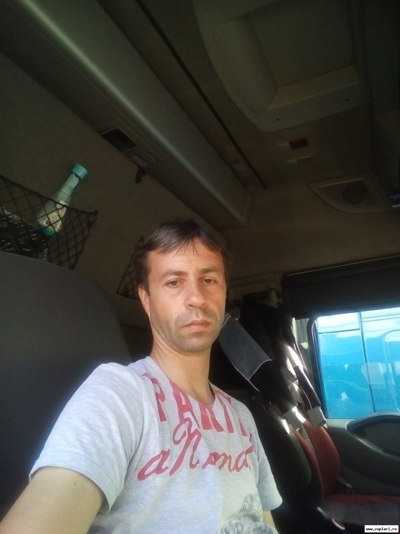 Barcelona Online Dating-496952